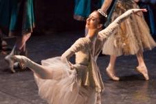 Валерия Исаева . Valeria Isayeva -Лебединое Озеро - Swan Lake - Ballet - Il lago dei cigni - Schwanensee -Le lac des cignes - 白鳥 の 湖